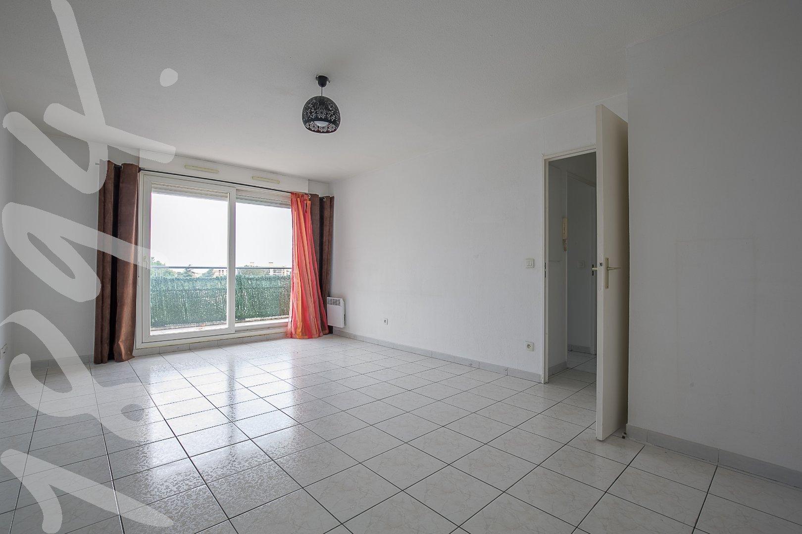 Appartement T2 avec terrasse