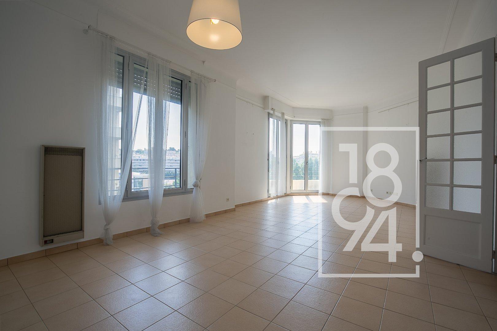 T3/4 - balcon - 5av