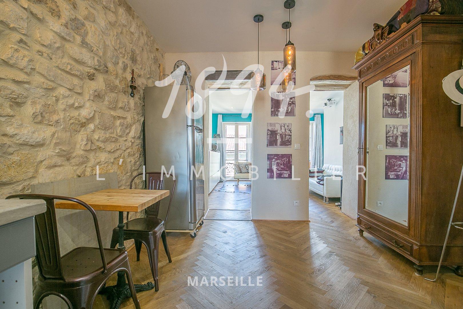 Superbe T2 50 m² entièrement décoré - La Joliette 13002