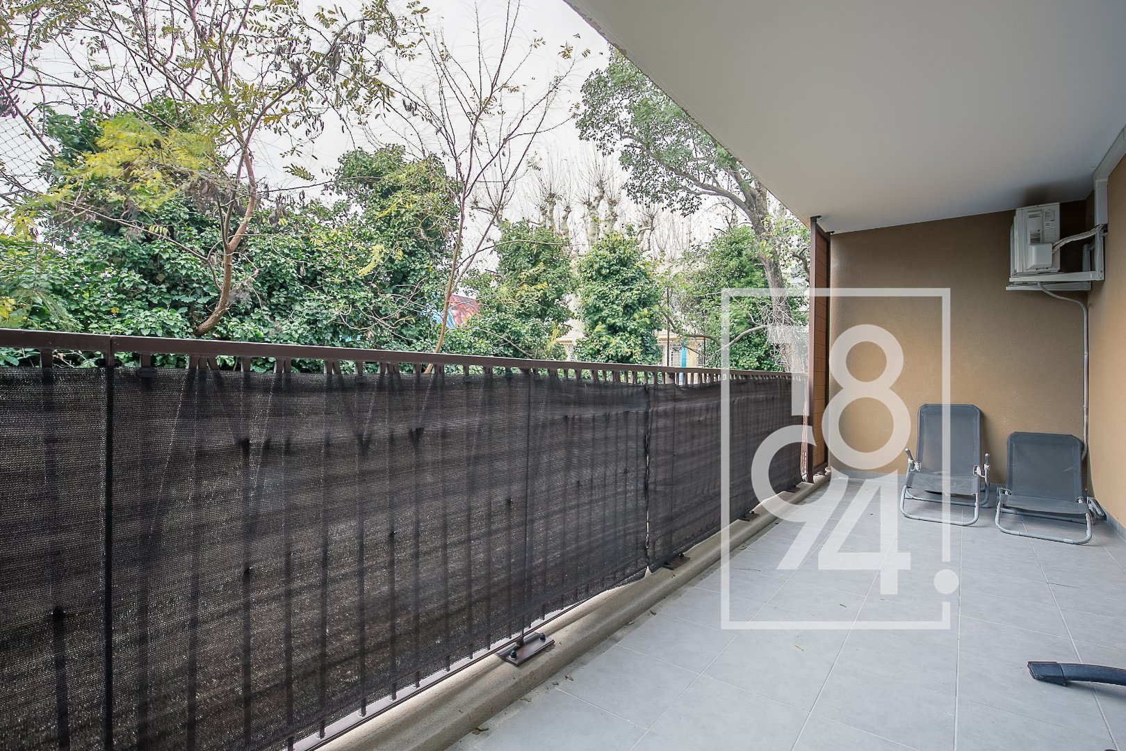 T2 Résidence sécurisée 13014 terrasse 16m² + BOX