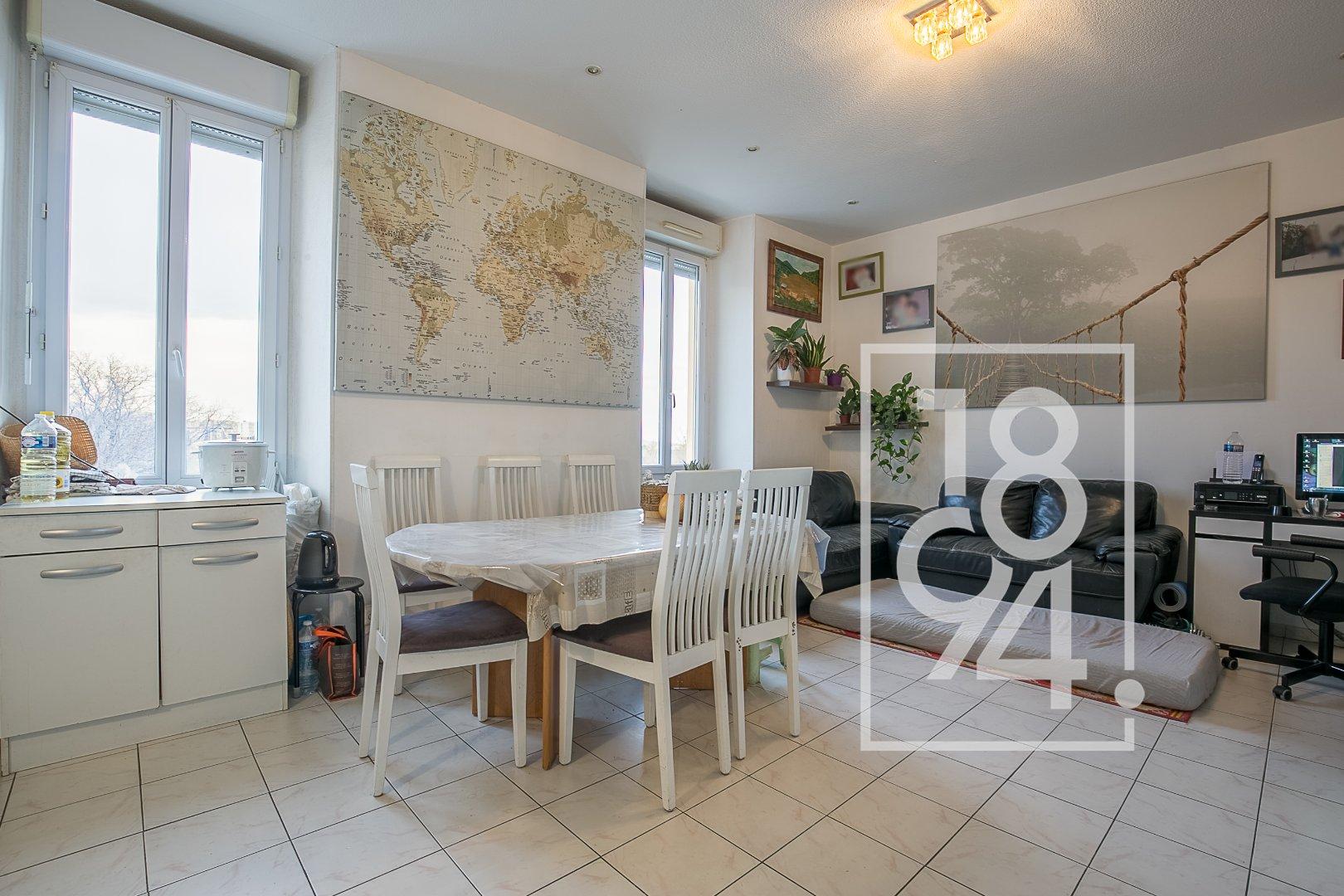 INVESTISSEMENT = T4 de 63 m² avec parking VENDU LOUE - LA POMME