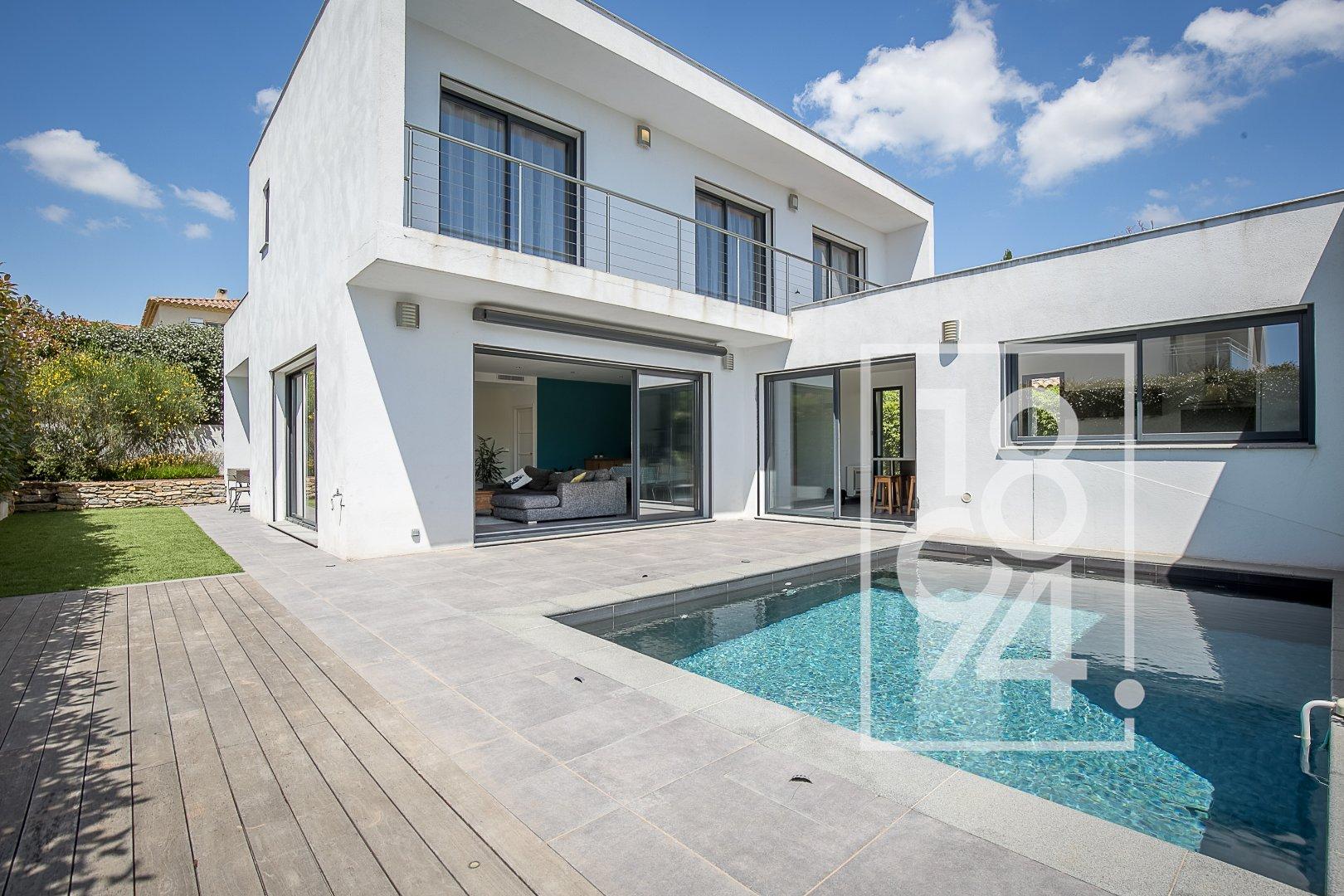 Superbe villa d'architecte californienne avec piscine
