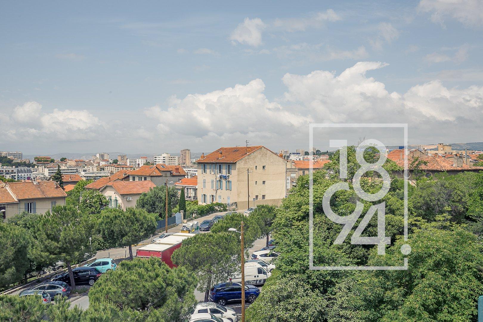 Appartement Type 4 63m2 vue degagée balcon secteur bas de montolivet