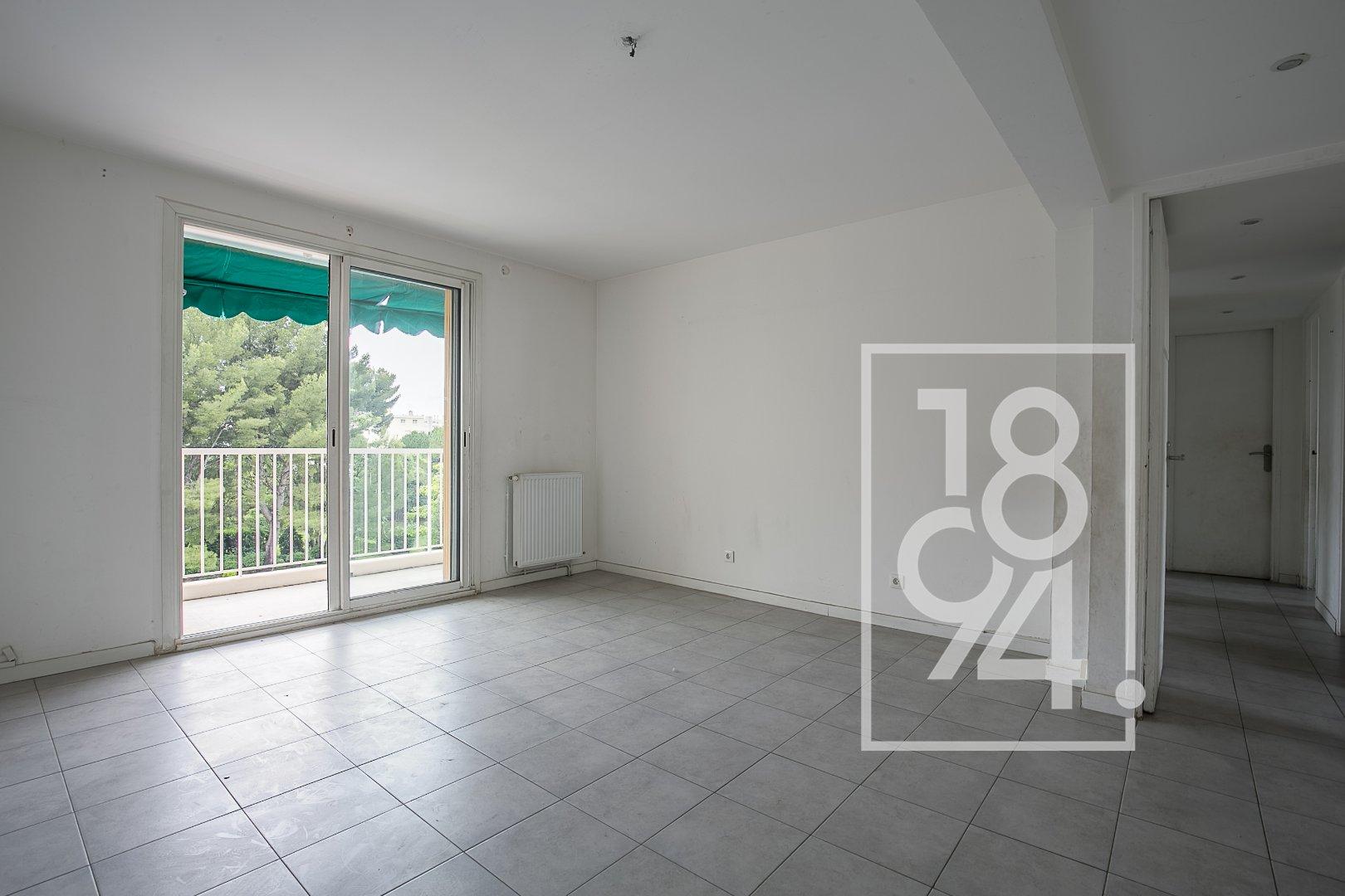 Appartement T5 75 m2 balcon et vue dégagée