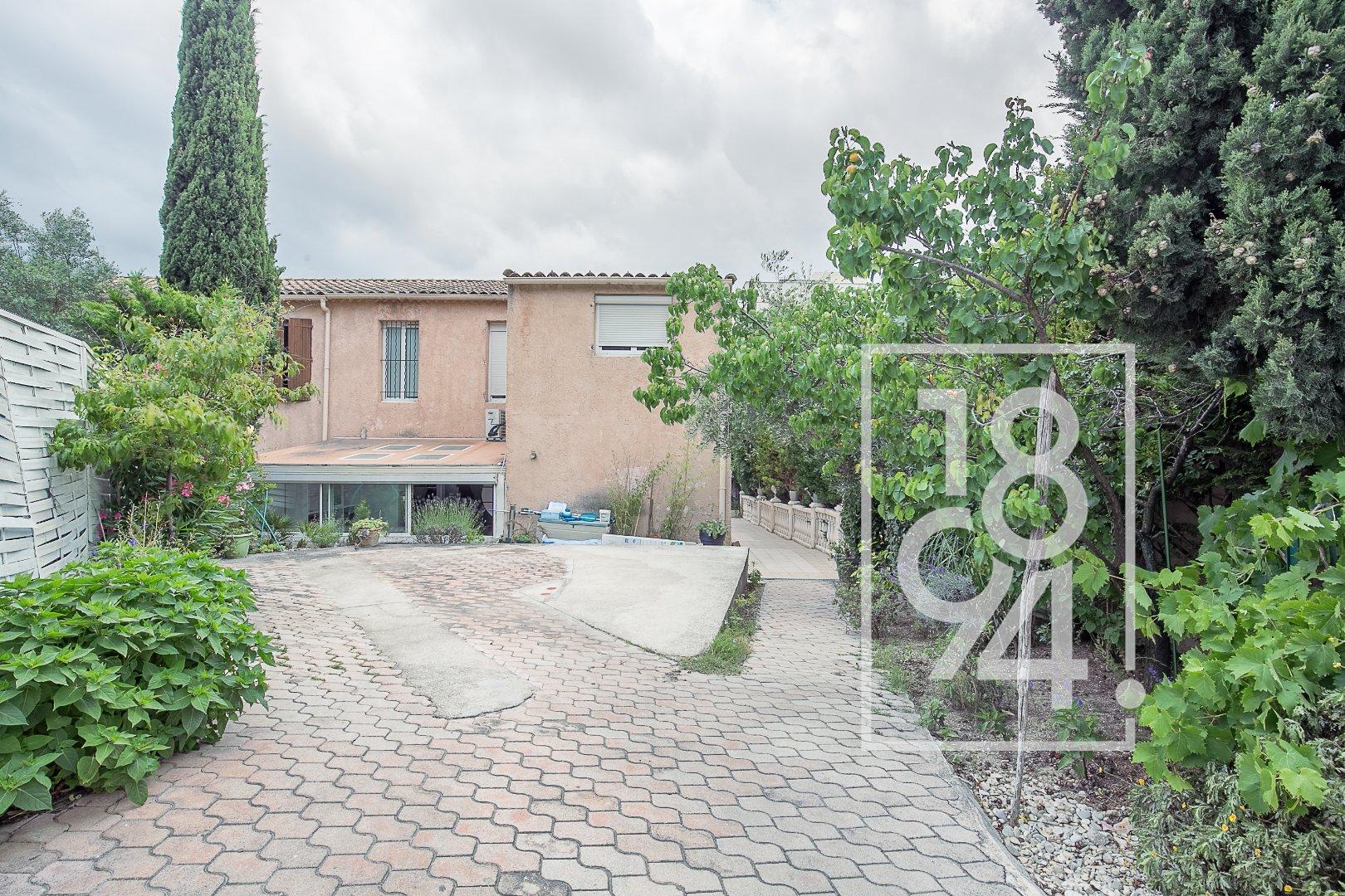 Maison 5 chambres de 145m² avec grand jardin-terrasse