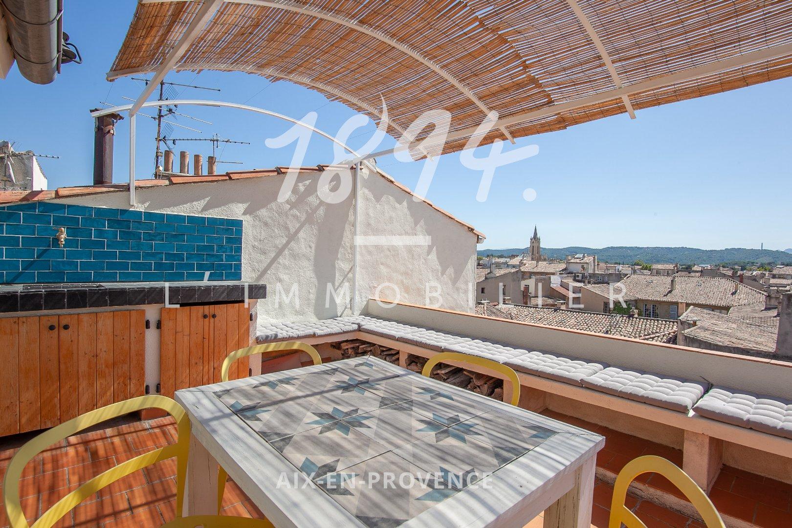 Triplex de type 3/4 de 82m² en denier étage avec terrasse plein ciel