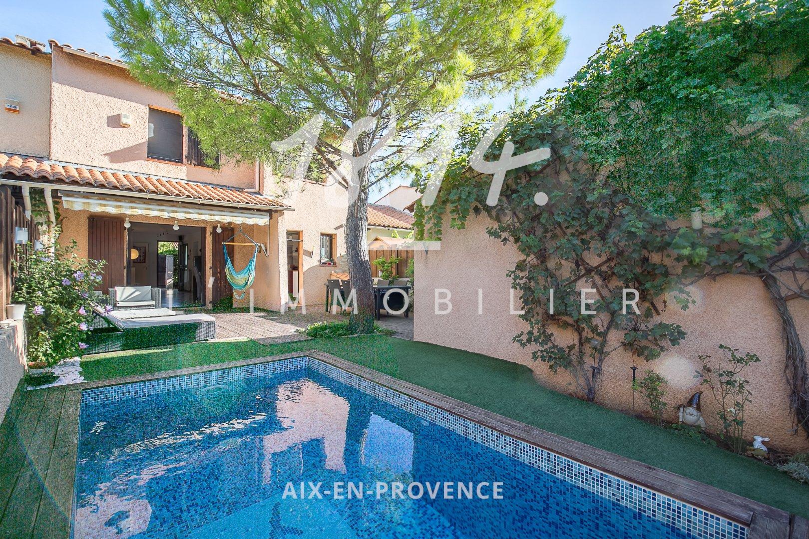 Maison de Type 5 de 105m² sur 200m² de terrain avec piscine et garage