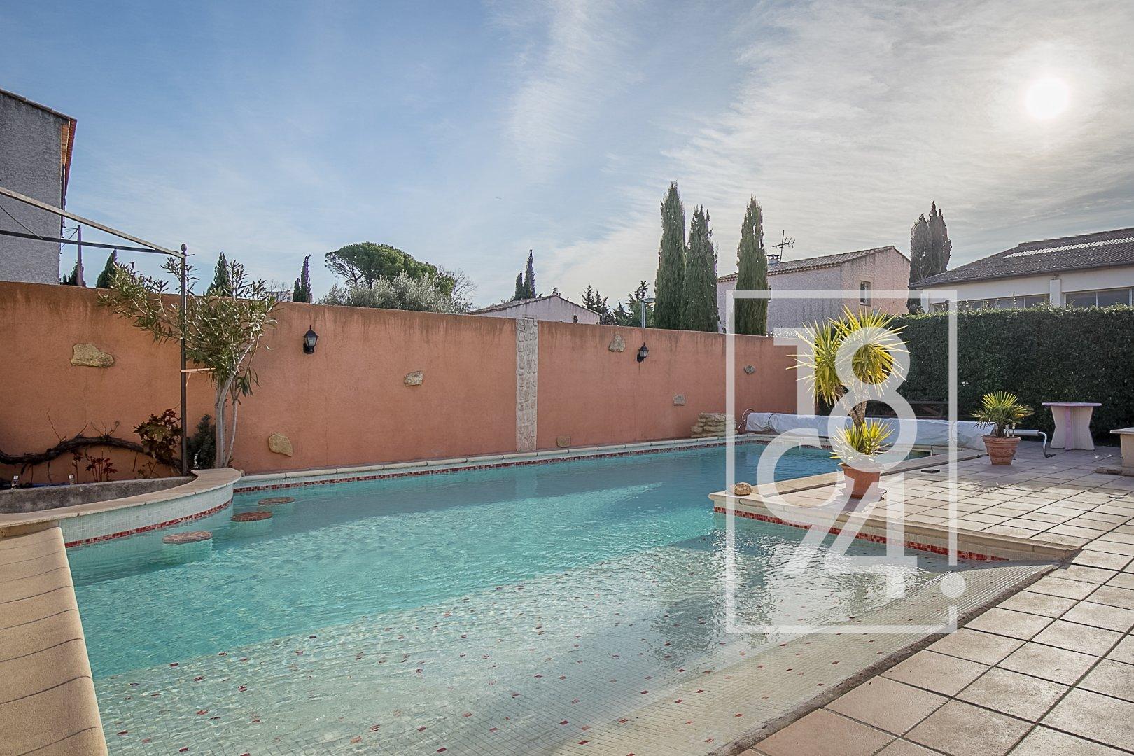 Appartement T5 de 110m2 avec jardin à Salon de Provence
