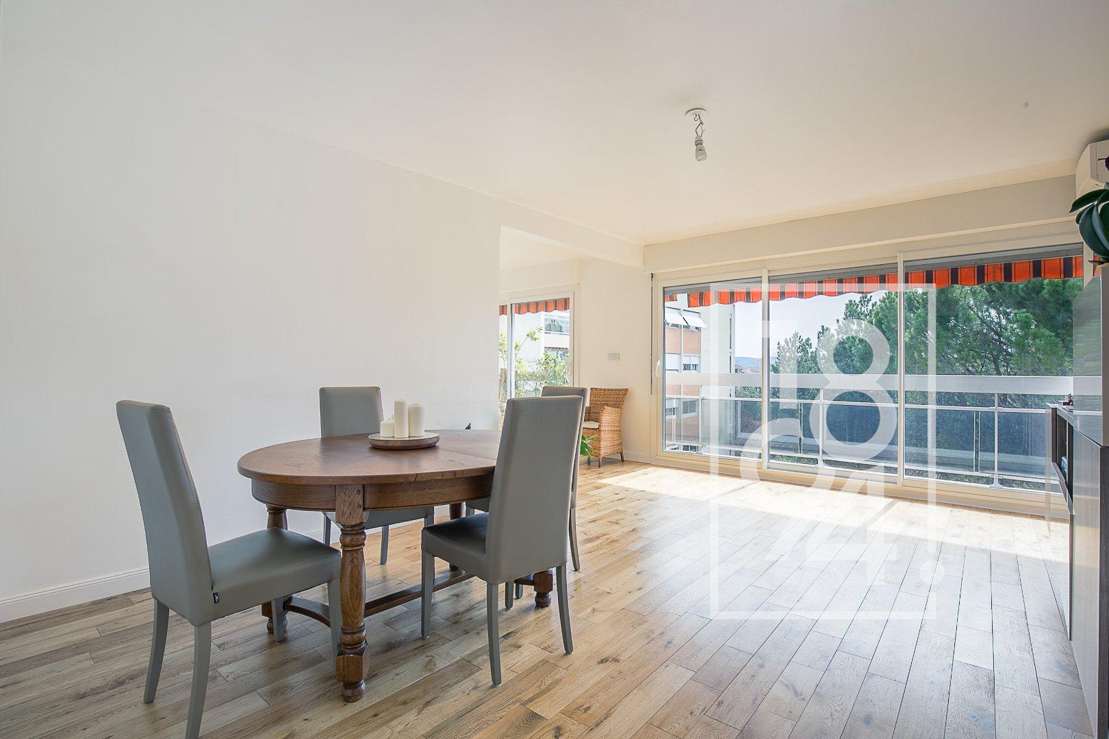 Appartement T4 de 100m2 avec balcon quartier Axium