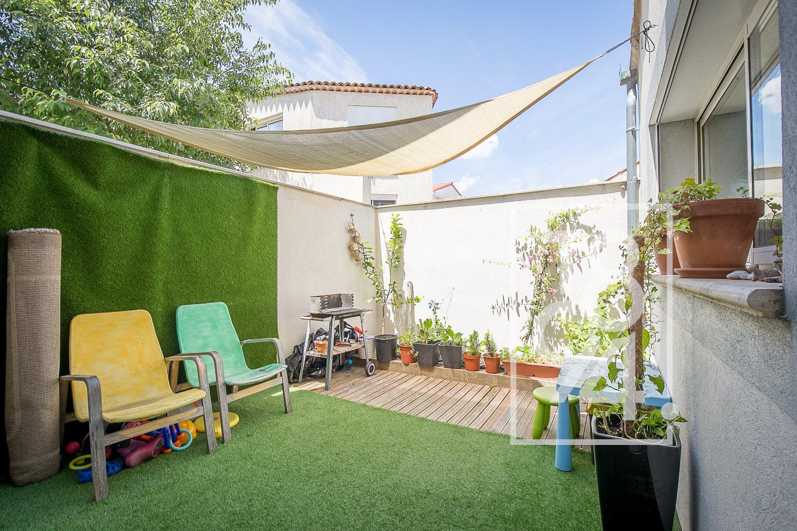 Maison de Ville 145m², studio independant et terrasse à Cabries