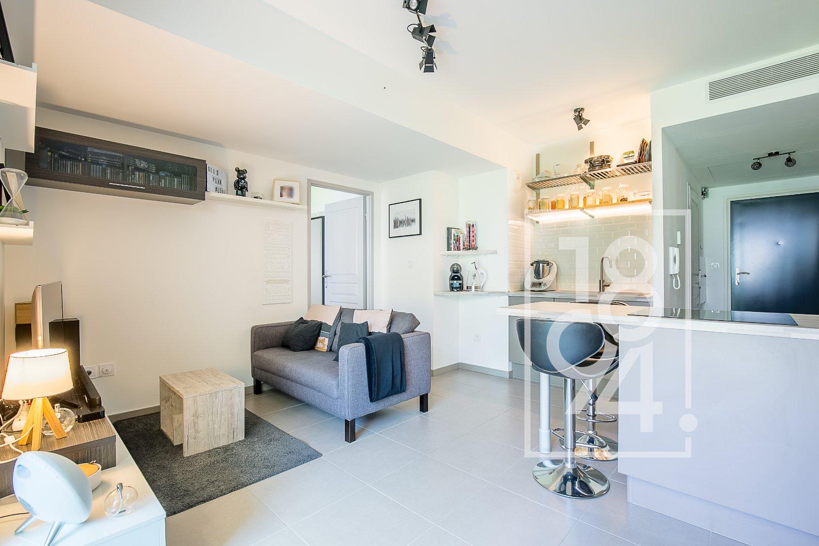 Appartement T2  avec terrasse et garage centre ville, Salon de Provence
