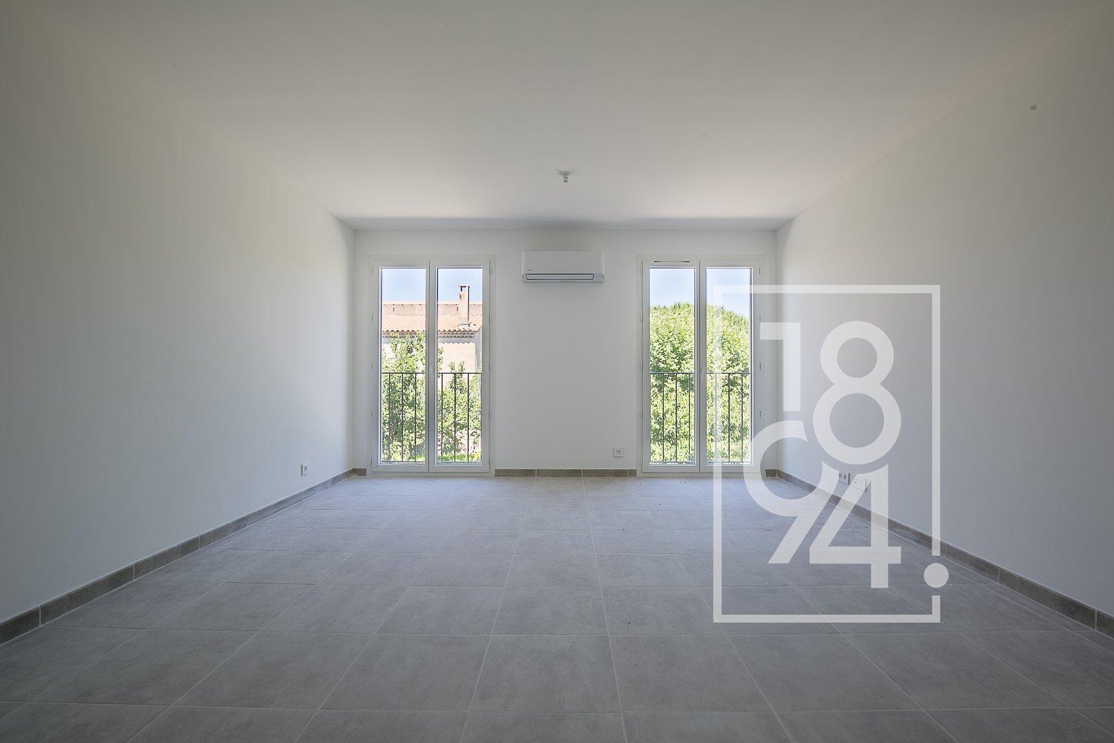 Studio 31m² avec place de parking à la Bastide des Jourdans