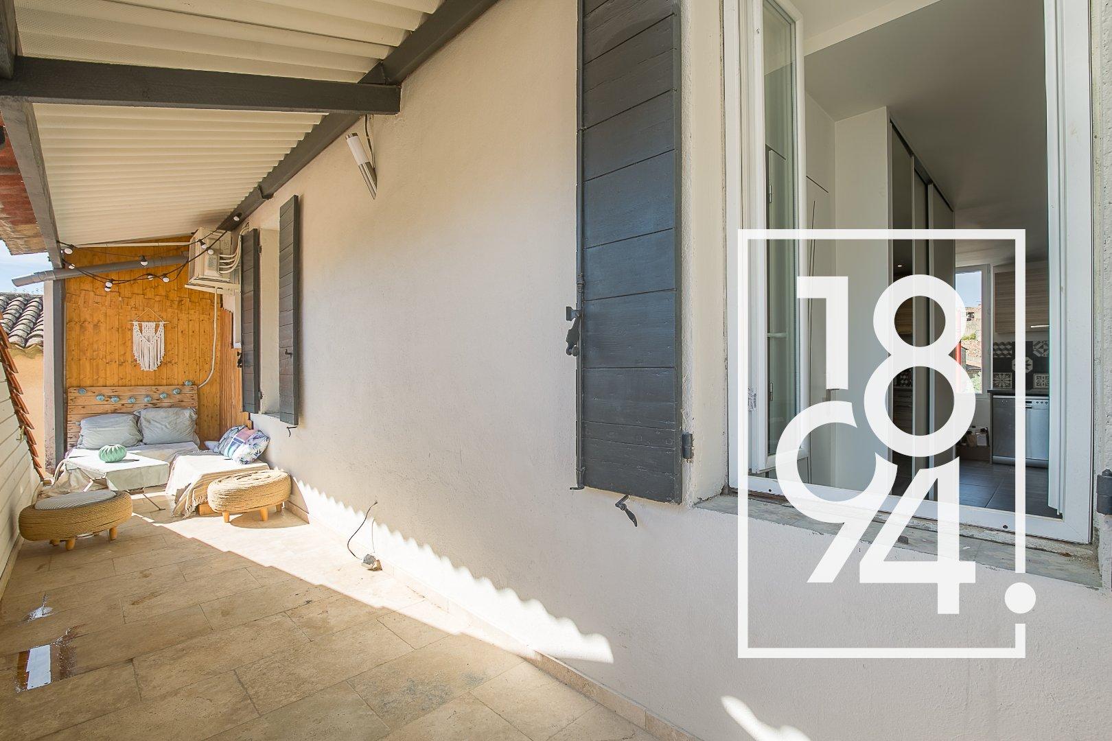 Appartemenrt T2 54m² avec terrasse entièrement rénové