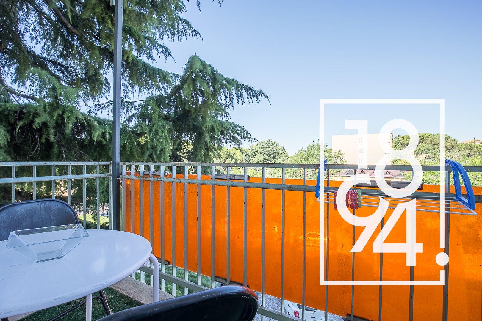 Studio 12m2 avec balcon proche IUT