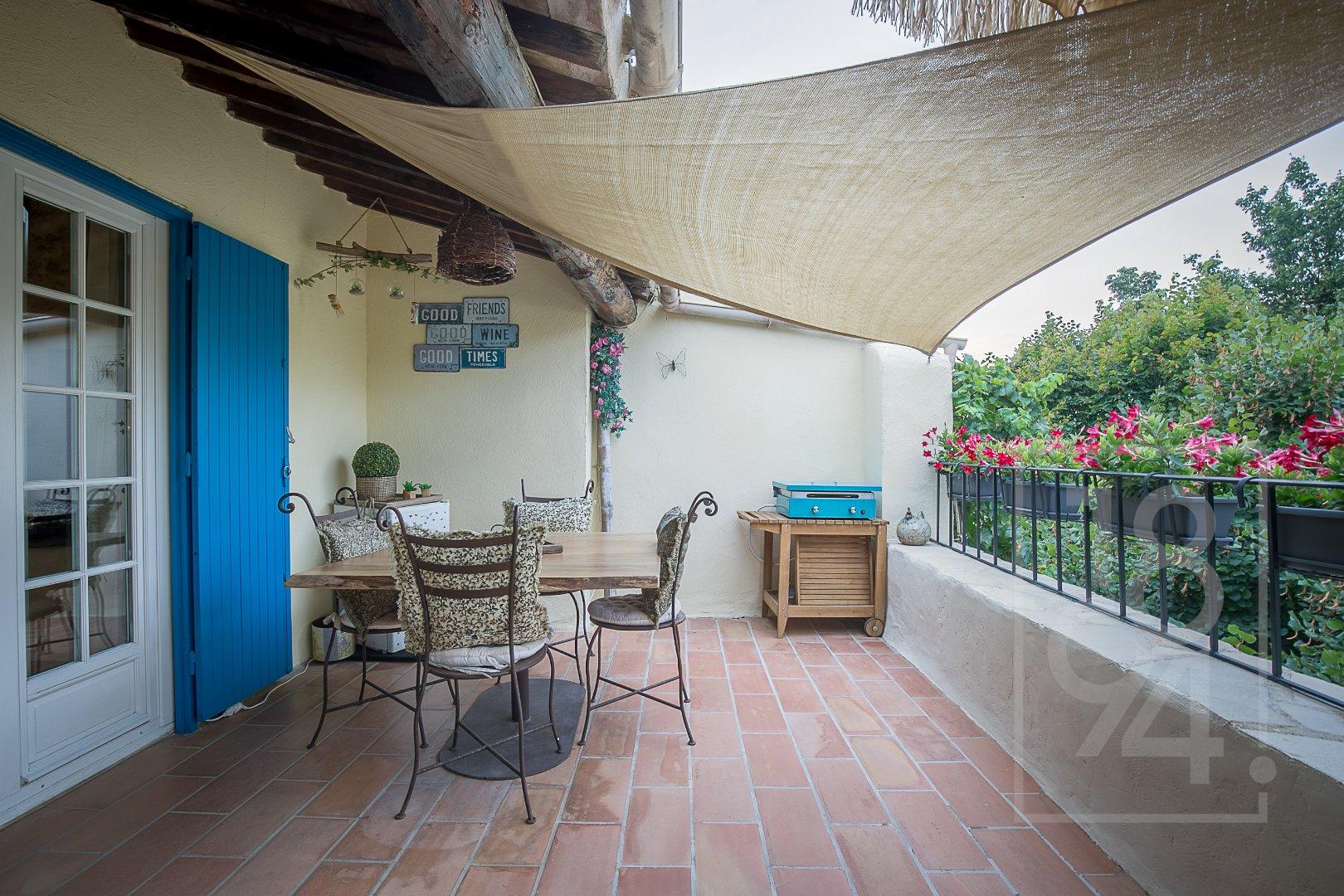 Maison de village 150m² à Eguilles
