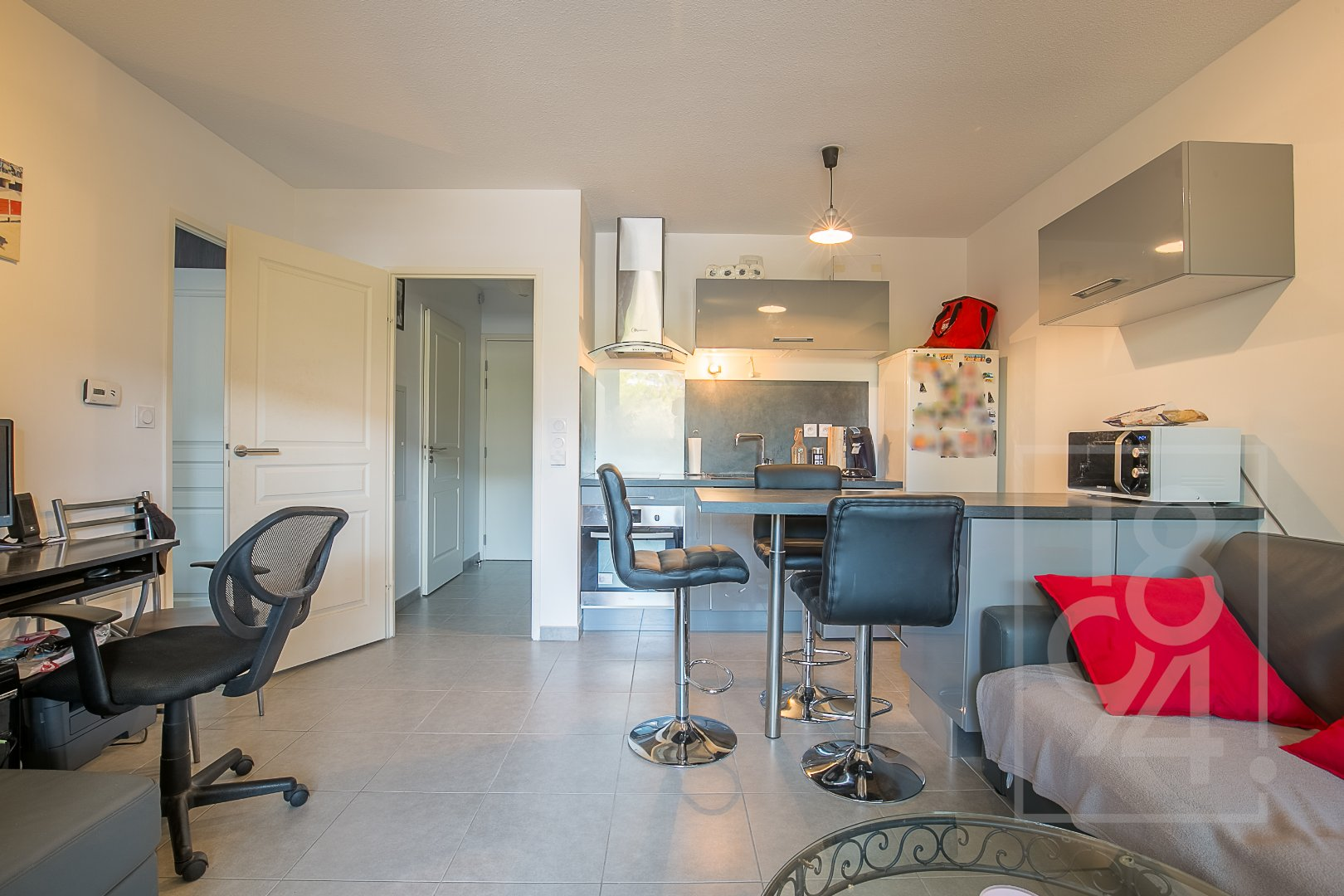 Appartement T2 39m² avec terrasse et box à la Duranne haute