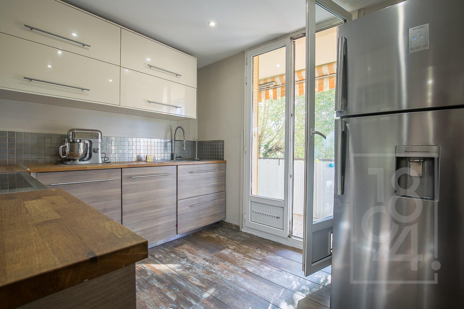 Appartement en exclusivité T4 avec balcon et cave Marseille 10