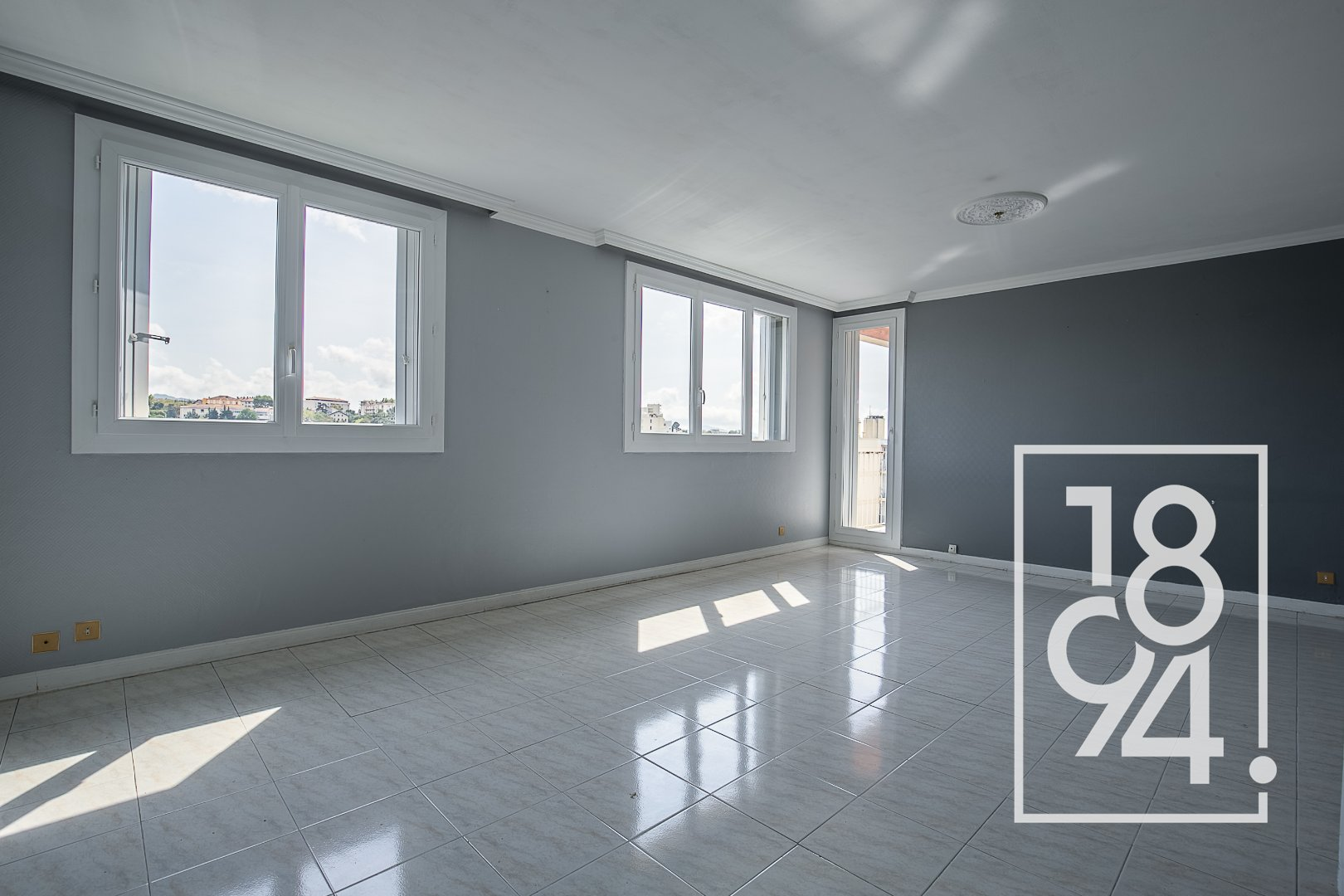 Appartement T4/5 80m2 Dernier étage Vue Panoramique