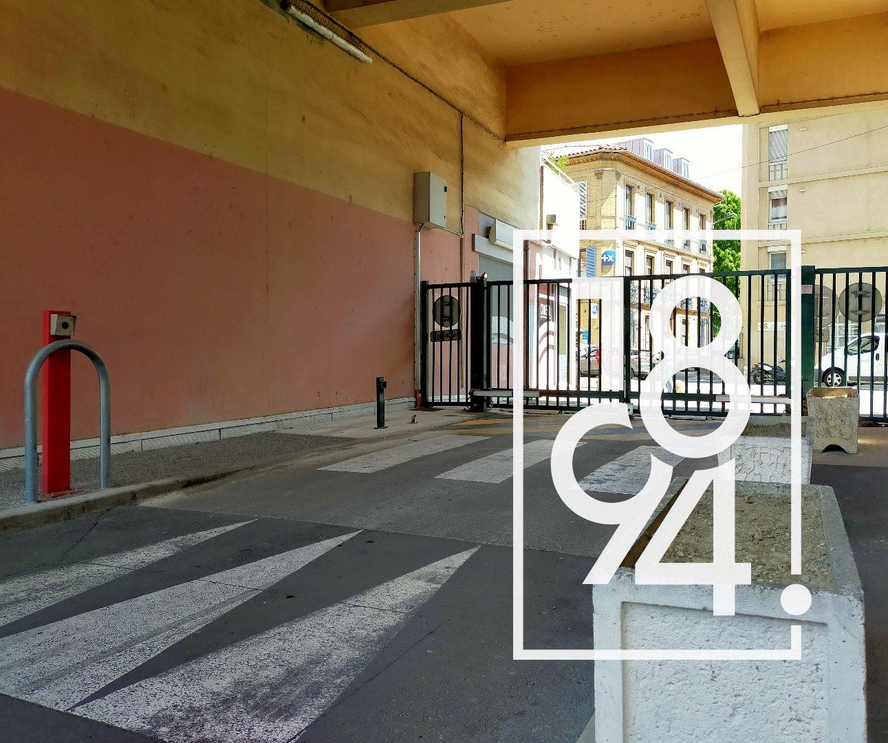 EXCLUSIVITE!!! Garage / Box, Résidence sécurisée, Local de stockage / Citadines , 31500 Toulouse, Bonnefoy