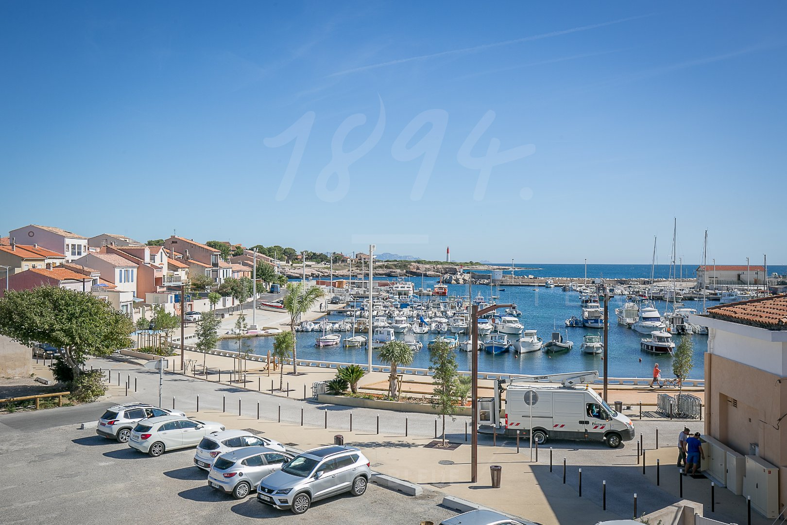 APPARTEMENT T3 56M2 BALCON VUE MER 13500 CARRO