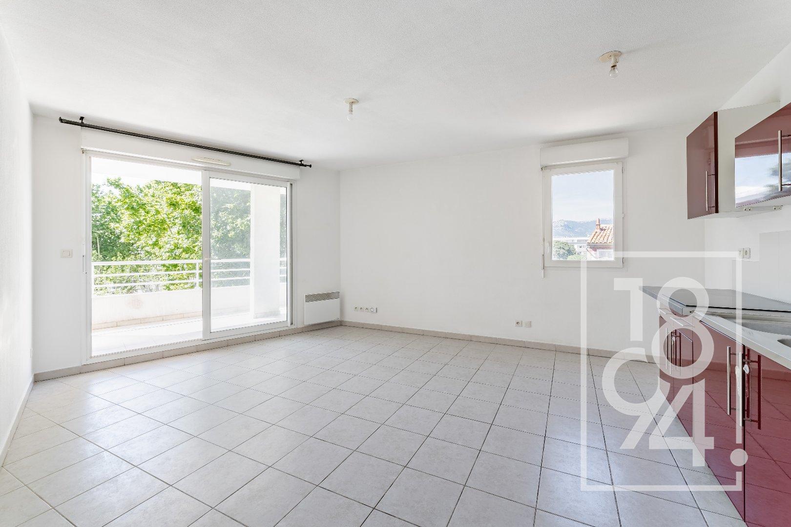 Appartement T3 lumineux + terrasse